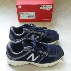 Ladies New Balance running shoes